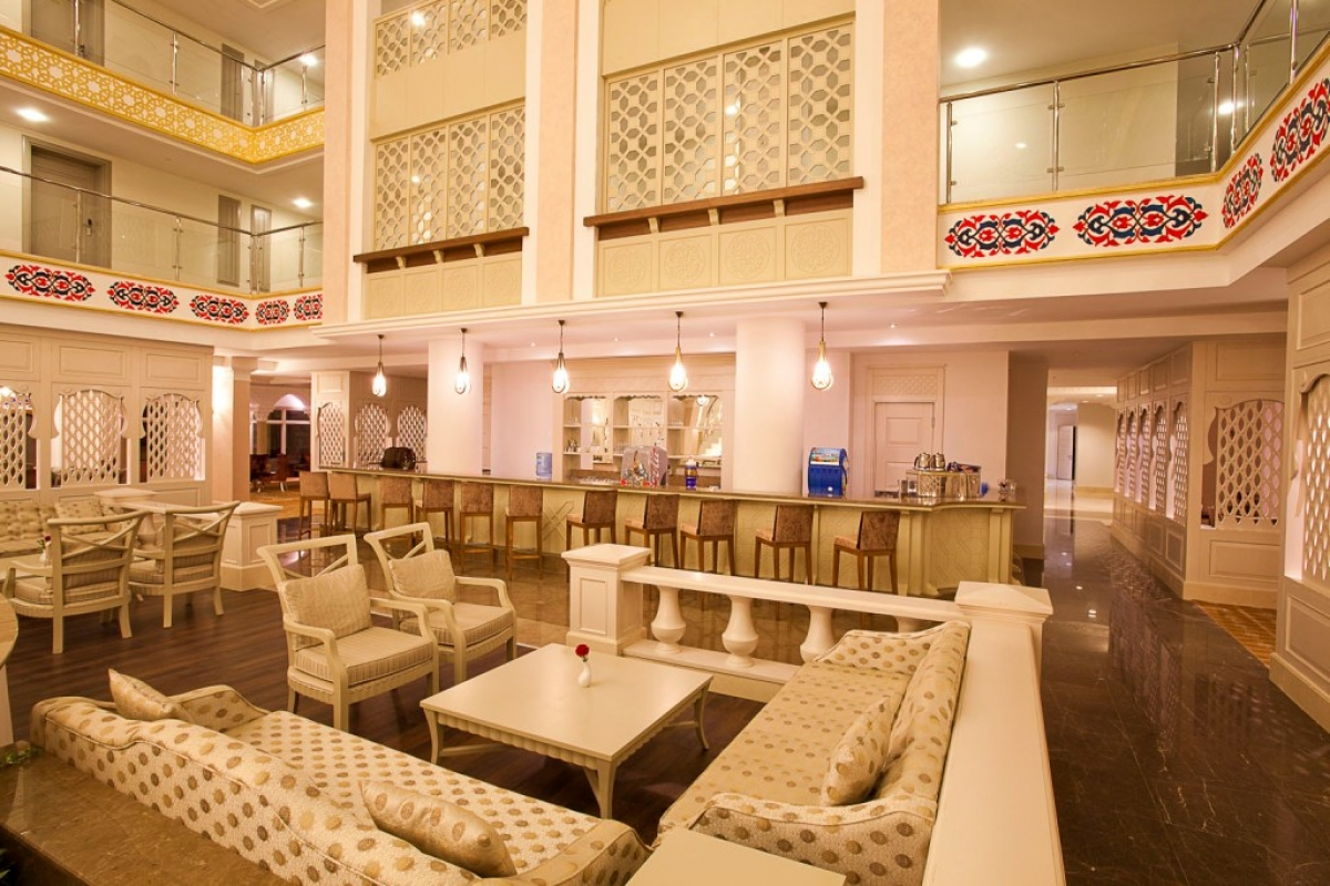 Lalezar Lobby-Bar